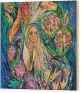 The Queen Of Shabbat Wood Print