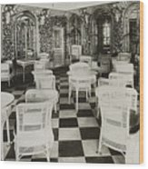 The Verandah Cafe Of The Titanic Wood Print by Photo Researchers