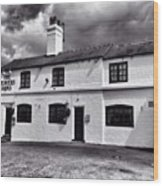 The Weavers Arms, Fillongley Wood Print by John Edwards