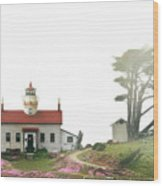 Tides Of Battery Point Lighthouse - Northern Ca Wood Print