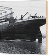 Titanic Being Launched Wood Print