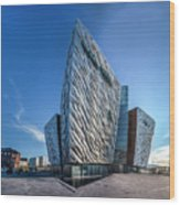 Titanic Building Bows Wood Print
