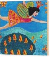 Toadstool Fairy Flies Again Wood Print