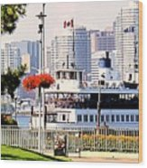 Toronto Island Ferry Arrives Wood Print