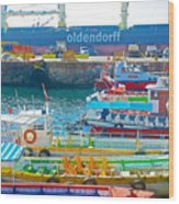Tour Boats In Port Of Valparaiso-chile Wood Print