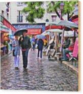 Tourists - Paris - Place Du Tertre Wood Print