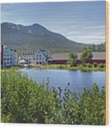 Town Square By The Pond At Waterville Valley Wood Print