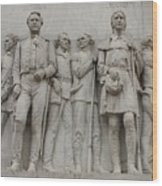Travis And Crockett On Alamo Monument Wood Print