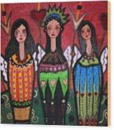 Tres Angelicas Wood Print