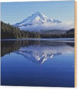 Trillium Lake With Reflection Of Mount Wood Print
