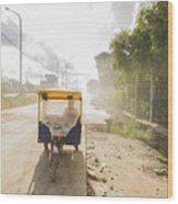 Tuk Tuk Taxi Wood Print