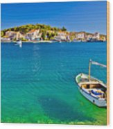 Turquoise Beach And Boat In Rogoznica Wood Print