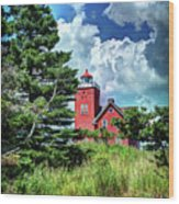 Two Harbors Lighthouse Wood Print