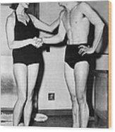 Two Swimming Stars Wood Print