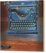 Underwood Typewriter Wood Print by Dave Mills