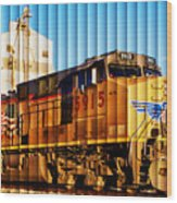 Up 5915 At Track Speed Wood Print