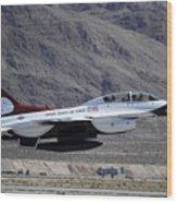 U.s. Air Force Thunderbird F-16 Wood Print