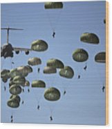 U.s. Army Paratroopers Jumping Wood Print by Stocktrek Images