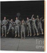 U.s. Army Pilots & Crew Chiefs Jump Wood Print