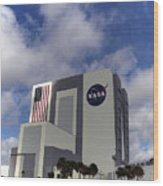 Vab At Kennedy Space Center Wood Print