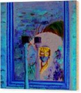 Venetian Girl Looking In Mirror Wood Print