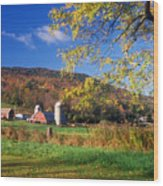 Vermont Farm In Autumn Wood Print