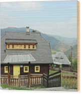 Village With Wooden Houses On Mountain Wood Print