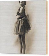 Vintage Ballet Dancer On Pointe Wood Print