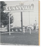 Vintage Sunnyvale Sign Wood Print