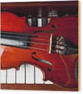 Viola On Piano Keys Wood Print by Garry Gay