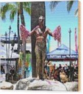 Waikiki Statue - Duke Kahanamoku Wood Print
