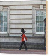 Walkabout In London Wood Print