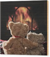 Warm And Cosy Teddies By The Fireside Wood Print
