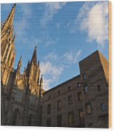 Warm Sun Glow On The Cathedral Of Barcelona Wood Print