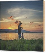 Watching Sunset With Daddy Wood Print