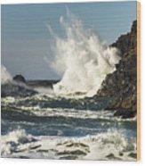 Water Meets Rock Wood Print
