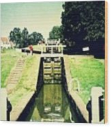 10945 Watford Locks On The Grand Union Canal Wood Print