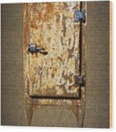 Weathered Rusty Refrigerator Wood Print