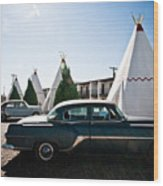 Wigwam Motel Classic Car #5 Wood Print