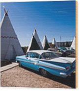 Wigwam Motel Classic Car #6 Wood Print