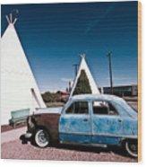 Wigwam Motel Classic Car #7 Wood Print