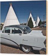 Wigwam Motel Classic Car Wood Print