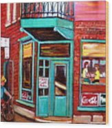 Wilenskys Cafe On Fairmount In Montreal Wood Print