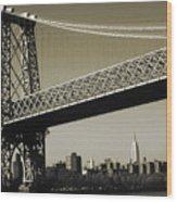 Old New York Photo - Williamsburg Bridge Wood Print