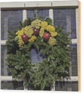 Williamsburg Wreath 25 Wood Print