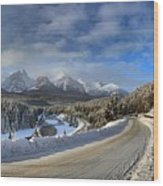 Morant's Curve On The Bow Valley Parkway Wood Print