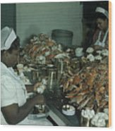 Women Pick And Pack Crab Meat Into Cans Wood Print by Robert Sisson