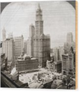 Woolworth Building, 1920s Wood Print by Granger