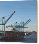 Working The Port Of New Orleans Wood Print