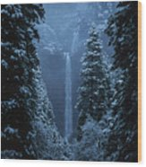Yosemite Falls In January Wood Print